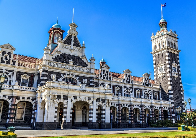 Dunedin-Railway-Station-Facade-Things-To-Do-Weekend-Getaway