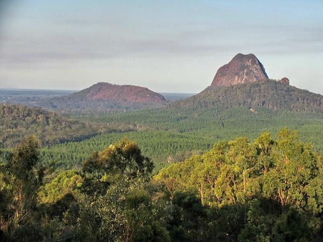 Glasshouse-Mountains-Queensland-Sunshine-Coast-Hinterland