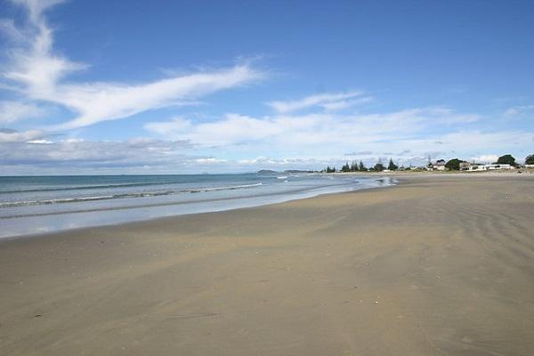 Best-Beaches-Bay-Of-Plenty-Waihi-Beach
