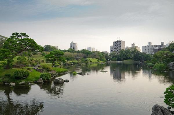 Kumamoto-Gardens-Japan