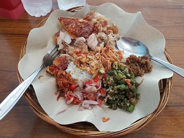 Bali-Food-Nasi-Campur