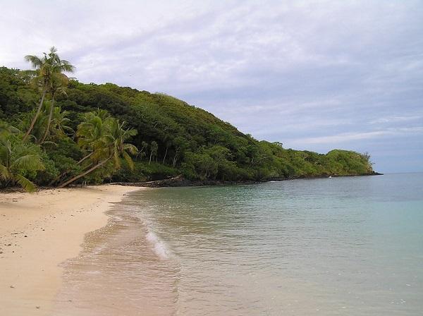Namena-Marine-Reserve-Fiji-Snorkel-Beach
