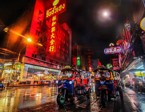 Bangkok-Getting-Around-Tuk-Tuk