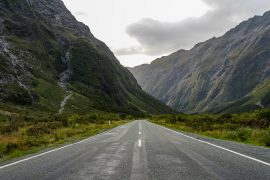 Queenstown-Road-Milford-Sound